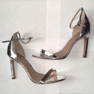 Banana Republic Silver Heels Size 9